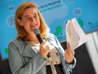 """Brussel enthousiast over snelheidsbeperking Ring: """"Goed voor klimaat én files"""""""