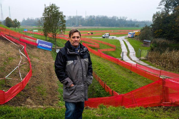 Ronny Spagnaerts leidt de organisatie van de Jaarmarktcross mee in goede banen.