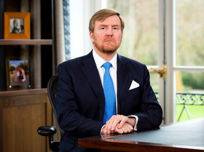 Koning Willem-Alexander waarborgt in Apeldoorn slechts zijn persoonlijke levenssfeer, zegt minister Schouten.