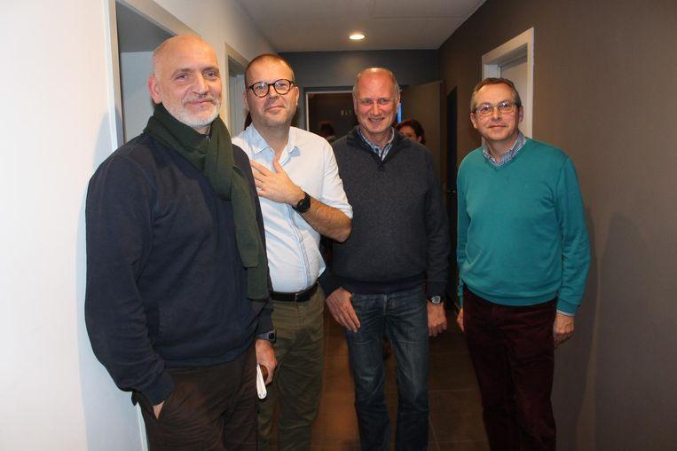 De verenigde handelaars Erik Varemans, Frederiek Soete, Guido Kestens en Hugo De Pril kwamen hun punt persoonlijk verdedigen voor de gemeenteraad.