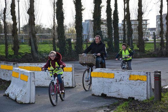 Dit stuk in de Hippodroomstraat, tussen de Zagerijstraat en de Damweg, wordt een fietsstraat.