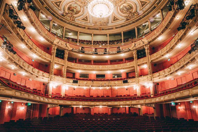 De zaal van de Gentse opera.