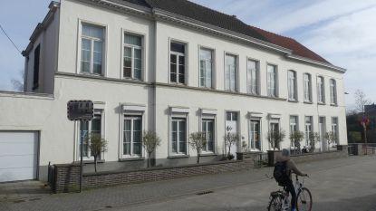 """Deinze wil waardevolle gebouwen redden van de sloop: """"Tot 12.000 euro renovatiesubsidie voor niet-beschermde panden"""""""