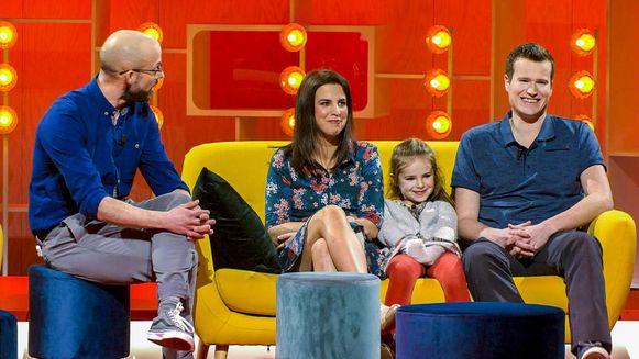 Staf Coppens maakt kennis met Hannefleur en haar ouders Margo en Roel in Dat Belooft Voor Later.