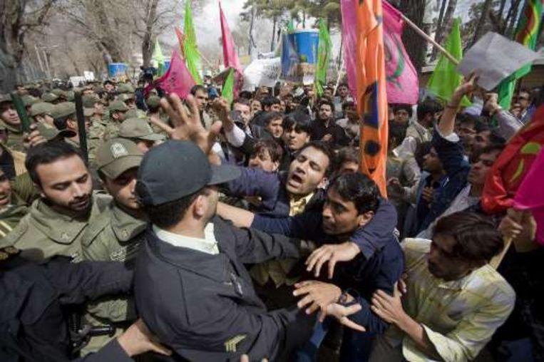 Protest voor de Deense ambassade in Teheran.