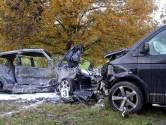 Automobilist zwaargewond na frontale botsing met busje op N617 bij Sint-Michielsgestel, weg weer open
