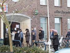 Parkeeroverlast rond dorpshuis Kruiningen: 'Buren de pineut van kerkruzie'