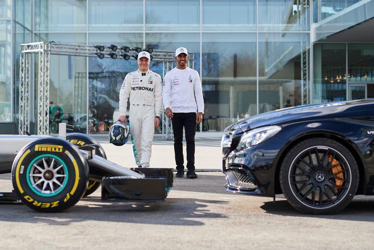 Mercedes-rijders Bottas en Hamilton eerder deze maand in Turijn.