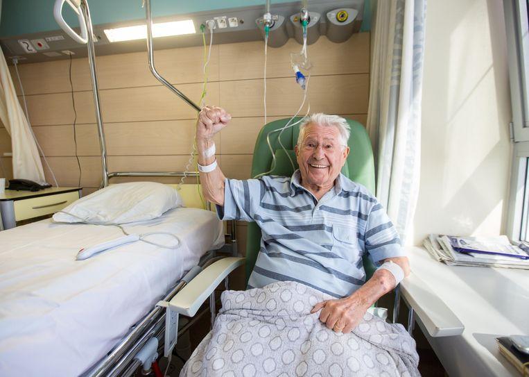 Platteau moest het einde van de campagne nog in het ziekenhuis doorbrengen met een gebroken dijbeen
