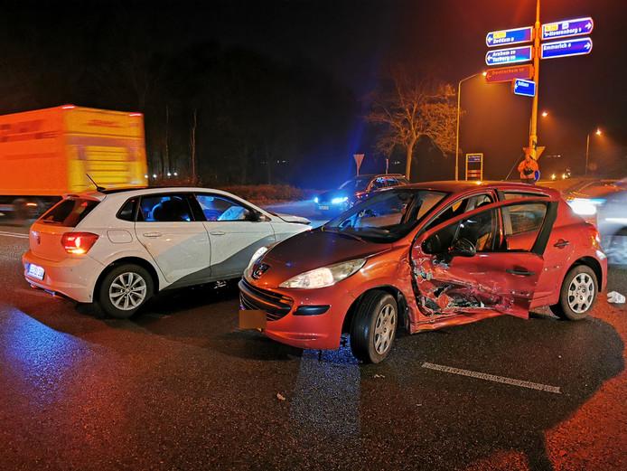 De wagens liepen fikse schade op.