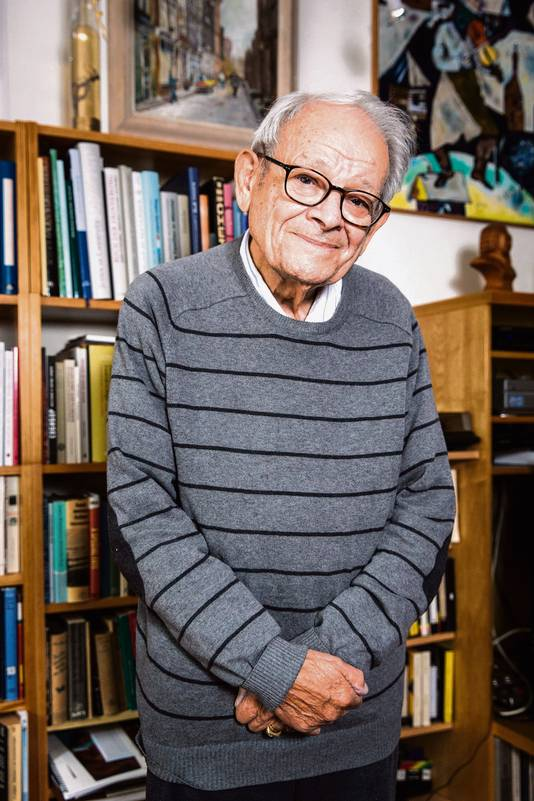 Jules Schelvis overleefde in de Tweede Wereldoorlog de vernietigingskampen Sobibor en Auschwitz.