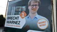"""Verkiezingsborden Wingens CD&V-schepen Brecht Warnez op vier verschillende plekken beplakt met rechtse slogans: """"Blijkbaar ben ik het slachtoffer van een actie van 'Schild & Vriend'-sympathisanten"""""""