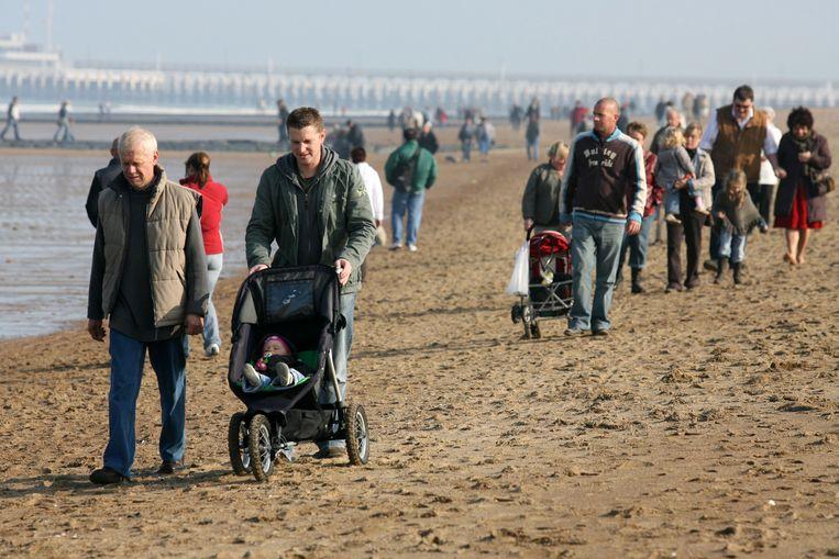 Archieffoto - Een aangename herfstdag aan zee in Oostende.