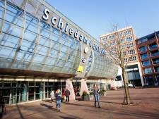 Melding van persoon op dak station Schiedam Centrum, voetafdruk aangetroffen