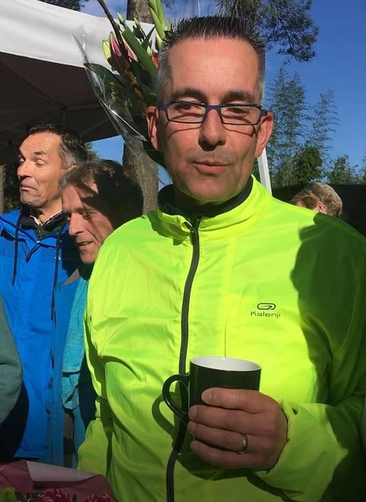 Ludo na de marathon door Woensdrecht.