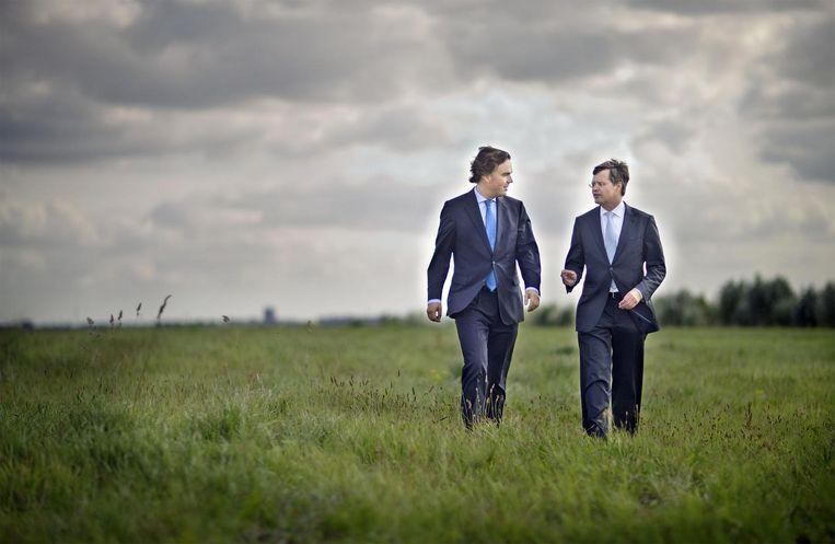Als minister van Verkeer samen met premier Balkenende, 2009. Beeld wfa