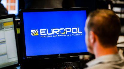 Franse en Spaanse politie arresteren met hulp van Europol 25 mensensmokkelaars