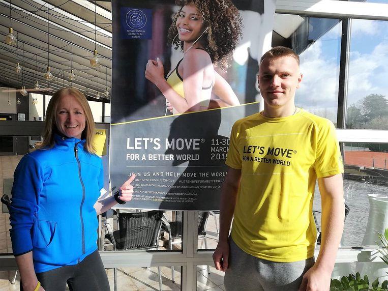 Bridget en Christophe juichen want ze hebben de 3 miljoen moves binnen!