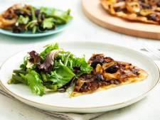 Wat Eten We Vandaag: Hartige taart met gekarameliseerde uien