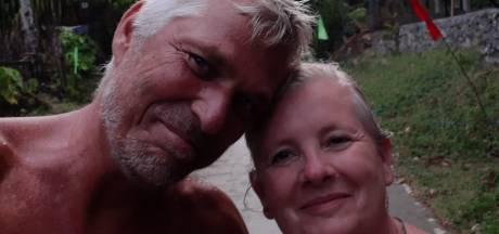 Prachtig uitzicht, situatie uitzichtloos; Bo en Regina zitten vast op Filipijns eiland