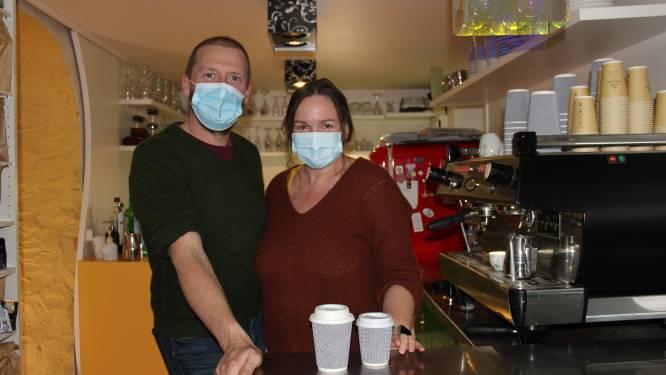 """Ook koffiebar van Horebeekse Boekhandel is tijdelijk dicht: """"Tot vorige week nul besmettingen in Horebeke, maar toch worden we gestraft"""""""