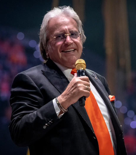Lee Towers: Ahoy zorgt voor intiem songfestival