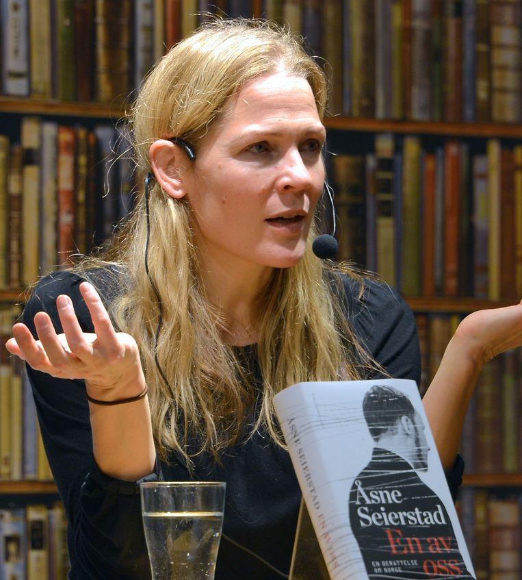 Journaliste Åsne Seierstad reconstrueerde het leven van Breivik in het boek 'One of Us'. Beeld Wikimedia
