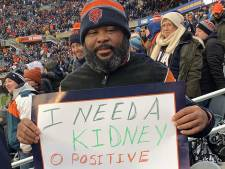 Marcus smeekt tijdens footballwedstrijd om nieuwe nier en gaat viraal
