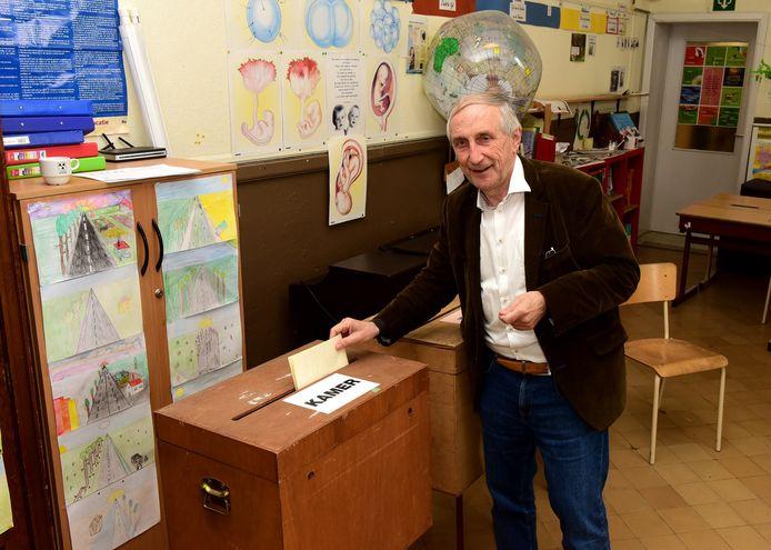 Geen zitje in het parlement voor Gooiks burgemeester Michel Doomst.