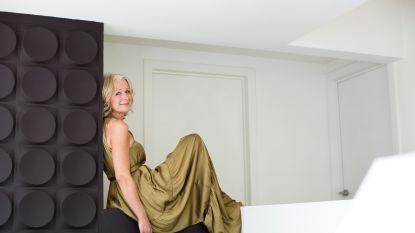 """Nathalie Goossens (49), de vrouw van VTM-journalist Faroek Özgünes: """"Faroek heeft me moeten temmen. Ik was nogal een wilde"""""""