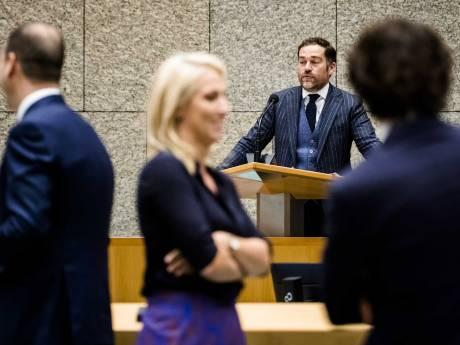 LIVE | Dijkhoff krijgt volle laag van oppositie over koopkracht: 'Doe wat!'