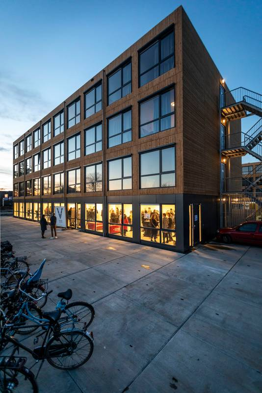 De 300 tijdelijke studentenwoningen in Eindhoven zijn eind 2019 in gebruik genomen.