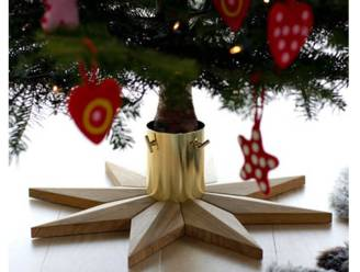 Versierd van kop tot teen: designvoeten voor je kerstboom