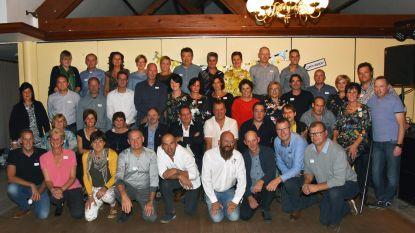 50-jarigen verzamelen in De Brouwerij