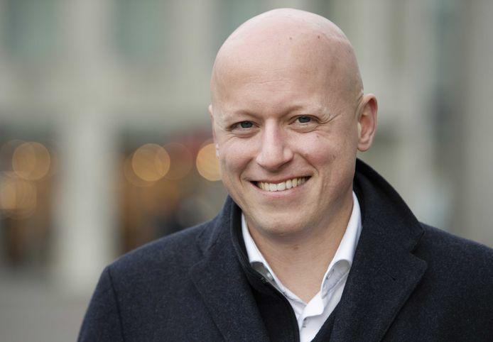 Tweede Kamerlid Rens Raemakers stopt tijdelijk als Kamerlid omdat hij een burn-out heeft.