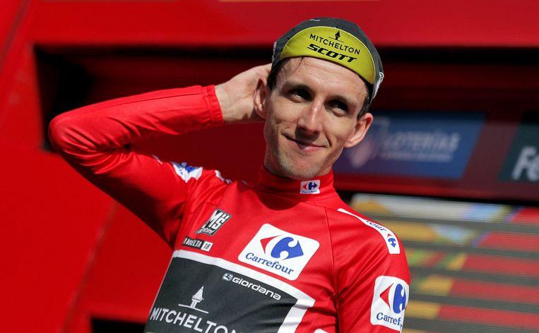 Simon Yates mag morgen opnieuw in de rode trui fietsen.