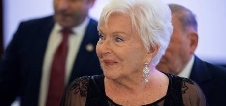 """Après une publication par erreur de sa nécrologie, Line Renaud réagit avec humour: """"Je suis en pleine forme"""""""