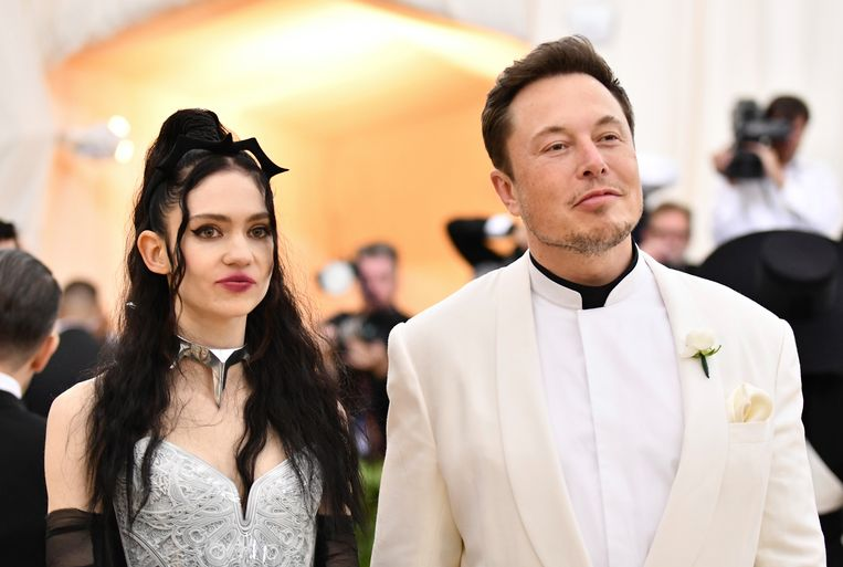 Grimes & haar vriend Elon Musk.
