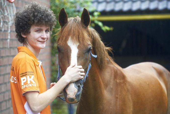 Abe Litjens mag naar het EK eventing voor pony's.