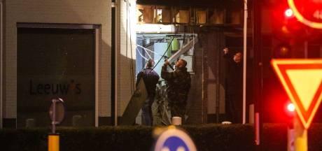 Drie Nederlanders opgepakt na crash vluchtauto na plofkraak