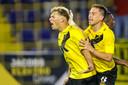 Sydney van Hooijdonk doet het weer voor NAC. Met twee goals velt hij FC Den Bosch.