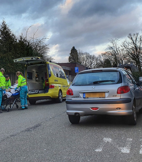 E-biker gewond na aanrijding in Hoogland