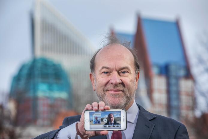 Burgemeester van Heerhugowaard Bart Blase.