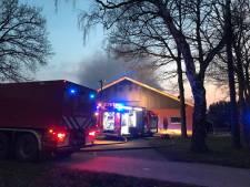 Brand Fleringen: motoren hebben vlam gevat, vuur is geblust