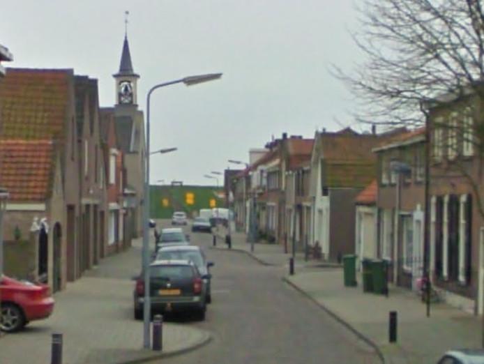 Achterstraat in Sint Philipsland.
