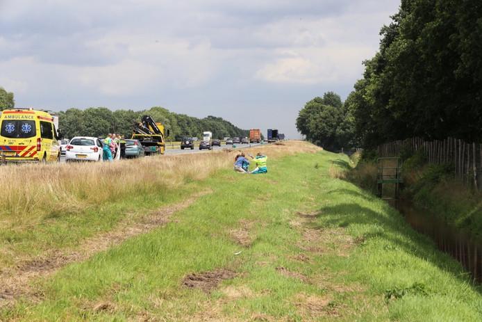 Op de A67 bij Duizel zijn twee ongevallen kort na elkaar gebeurd.