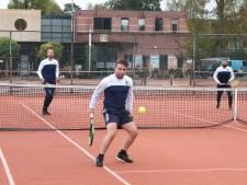 Als ze straks zo voetballen als ze tennissen, speelt VUC volgend seizoen in de hoofdklasse