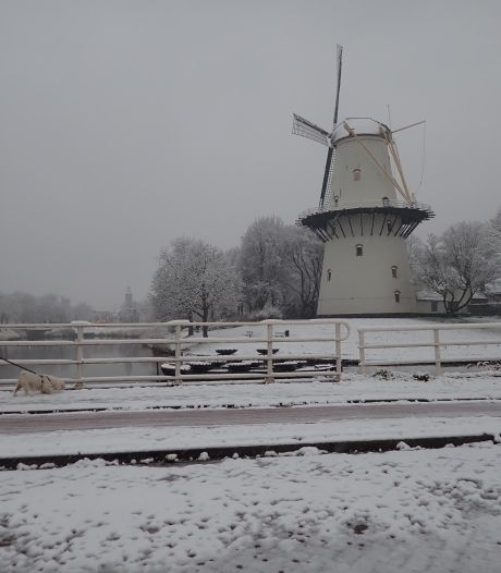 Sneeuw komt via Zeeland binnen, komende nacht ook ijzel