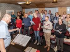 Van Crosby tot Glenn Miller: Thools bevrijdingskoor laat jaren veertig en vijftig herleven tijdens Havendagen