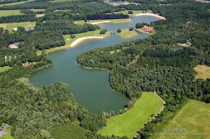 Een grote meerderheid van de Oldenzaalse gemeenteraad ziet een skydive-centrum op Het Hulsbeek wel zitten.